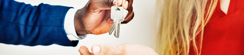 Moving Out of Home With Self Storage