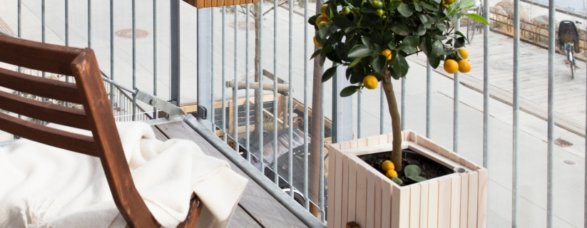 How to Style A Small Outdoor Balcony